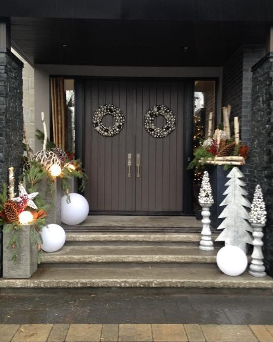 Winter Urns for Everyone!