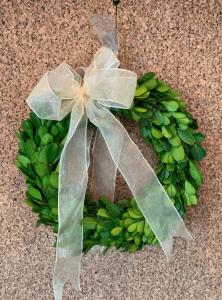 mini green wreath